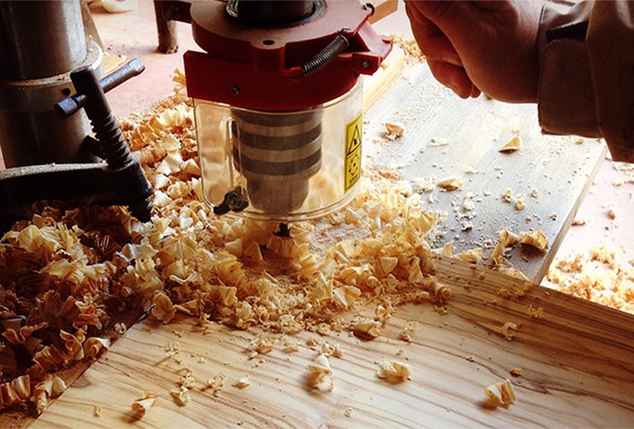 Produzioni su misura in legno di olivo