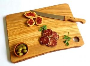 Tagliere rustico in legno di olivo