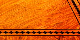 Parquet in legno di olivo